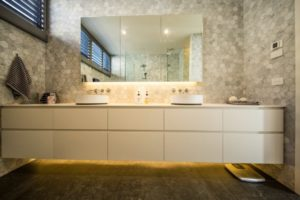 SCLK bathroom cabinets